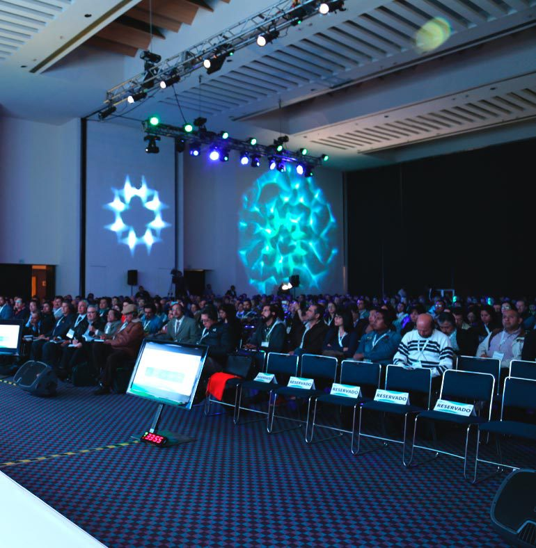 SATmexico-dmc-events-mexico-production-light-projection-conference-branding-bayer-simposio