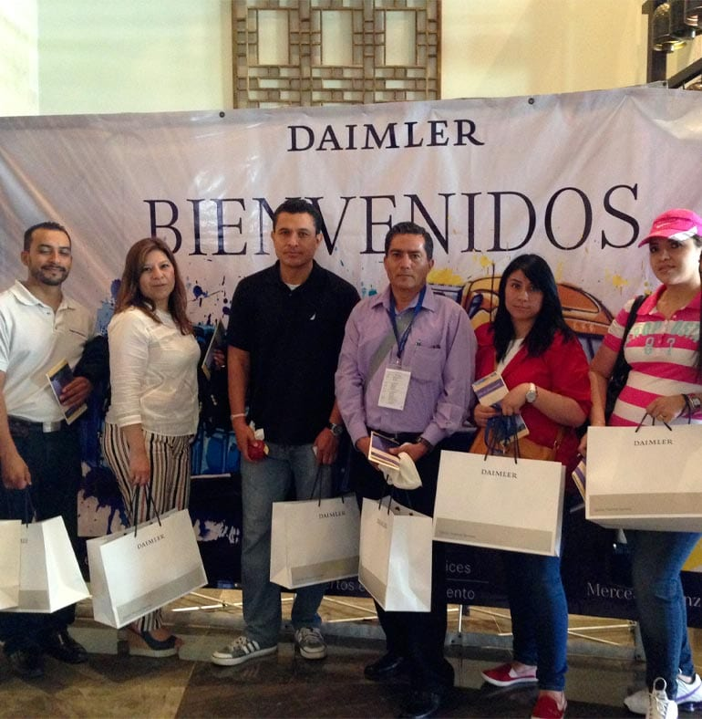 SATmexico-dmc-events-mexico-production-welcome-kit-backdrop-af-pro-mercedes-Benz