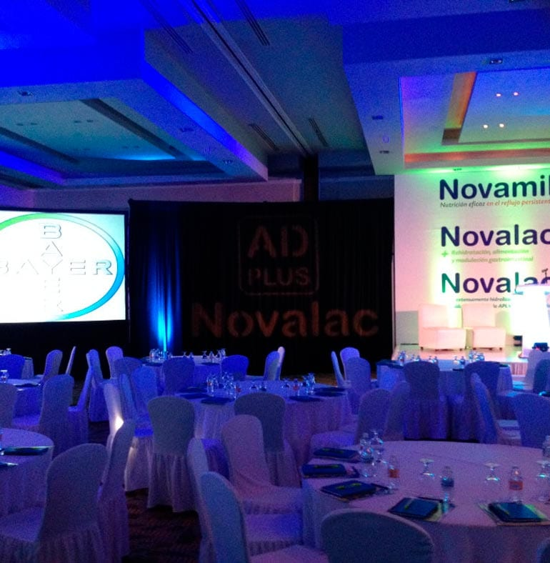 SATmexico_dmc_meetings_backdrop_set_up_novamil_bayer